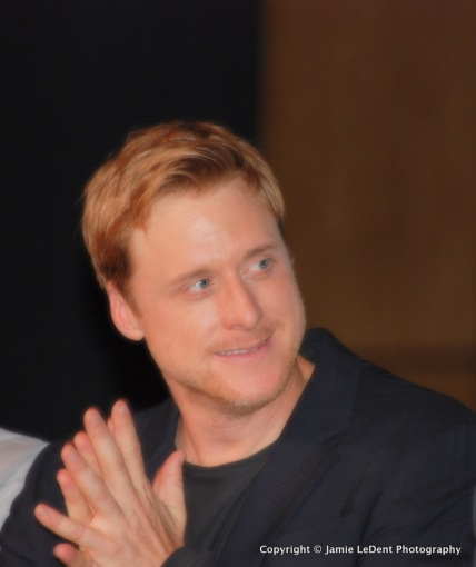 Alan Tudyk as Wash